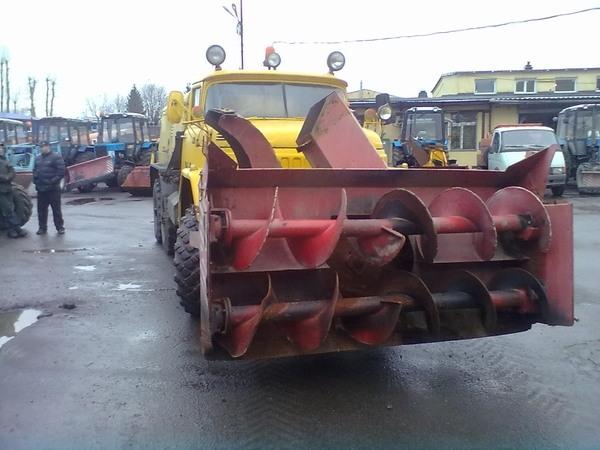 Бортовая передача и тормоза трактора Т-25