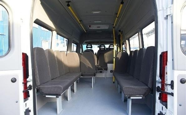 Микроавтобус Citroen Jumper.
